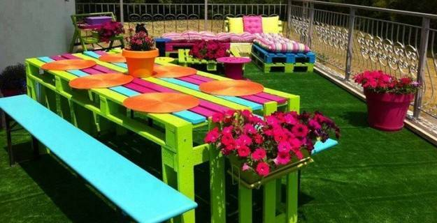 Crea le tue idee da giardino con i pallet for Pallet arredo giardino