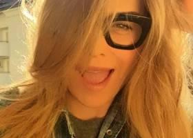 Elenoire Casalegno – Che Occhiali da Vista Indossa?