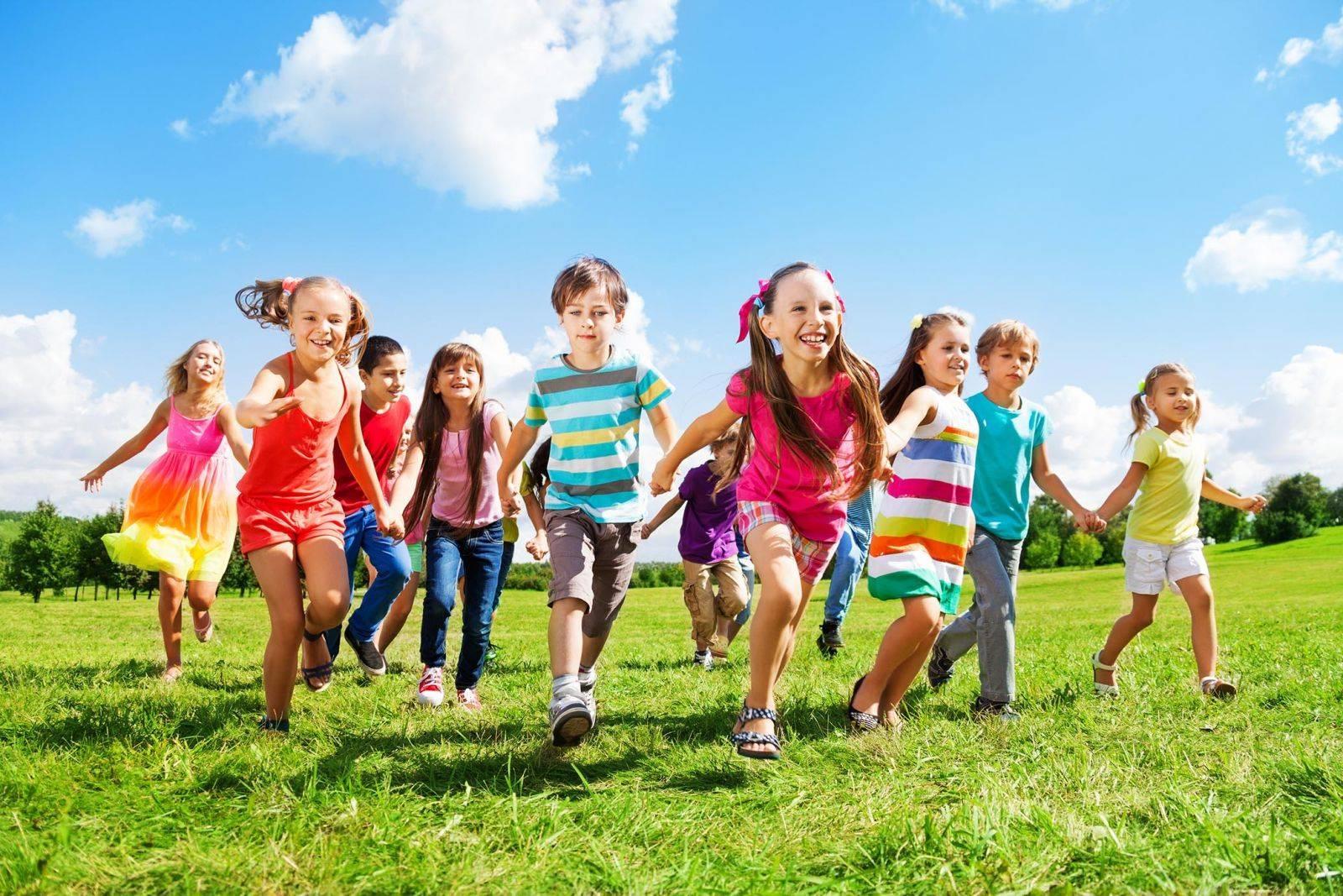 Approfitta dei Saldi Vestiti per Bambini per risparmiare guadagnado 56db0b32004