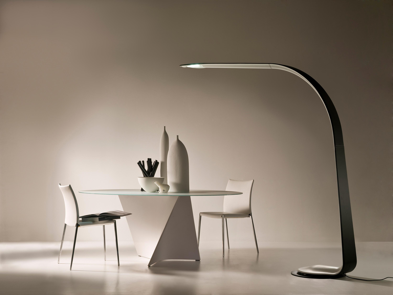 Lampade da terra di design per donare eleganza e personalt - Lampade da scrivania design ...