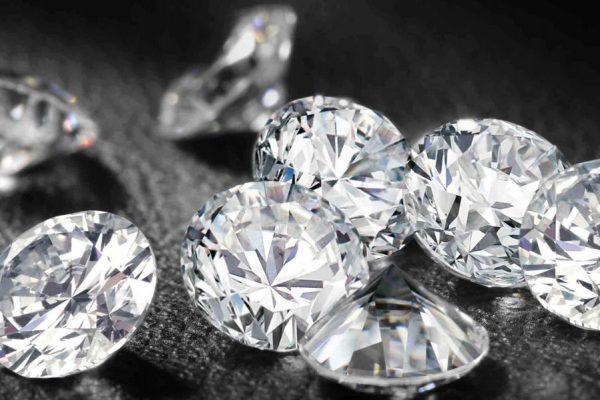 Come riconoscere gioielli falsi