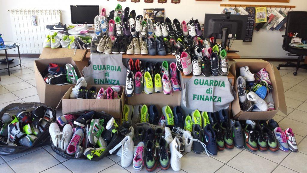 riconoscere le scarpe false