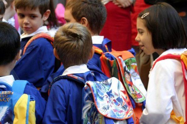grembiule alla scuola elementare