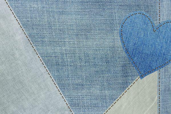 Come riciclare un vecchio jeans per creare ciabatte