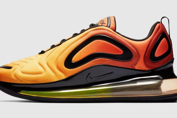 Nike Air Max 720 finalmente in vendita
