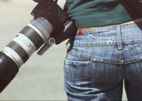 Come indossare il denim, il modello di jeans giusto