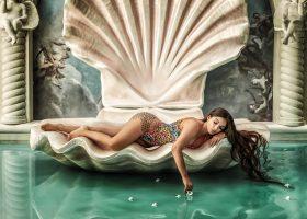 Twinset con Elettra Lamborghini lancia la collezione Capsule Beachwear