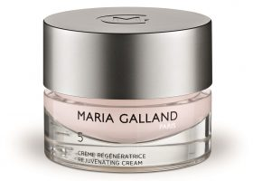 Linea rigenerazione cellullare creme post estate di Maria Galland