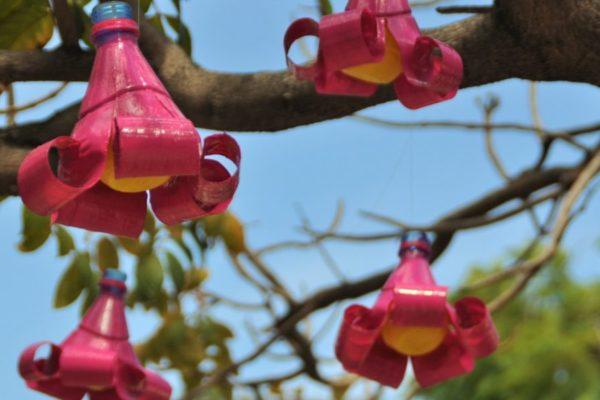 riciclare plastica creando oggetti